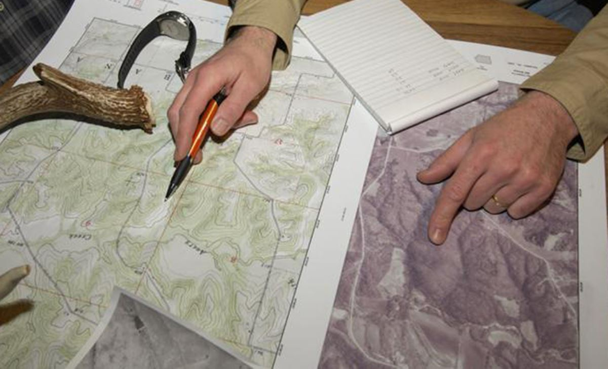How to Use Topographic Maps to Find Deer