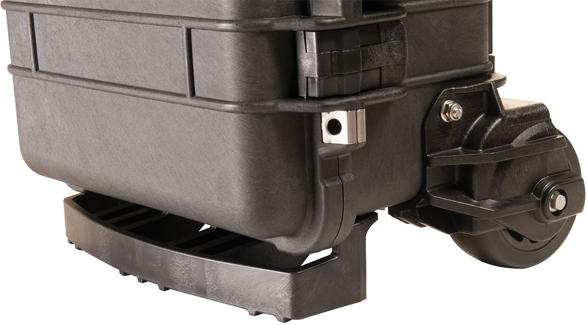Mobility and Portability of a wheeled cooler