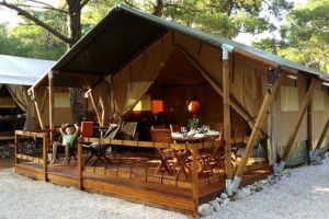 Safari glam tents